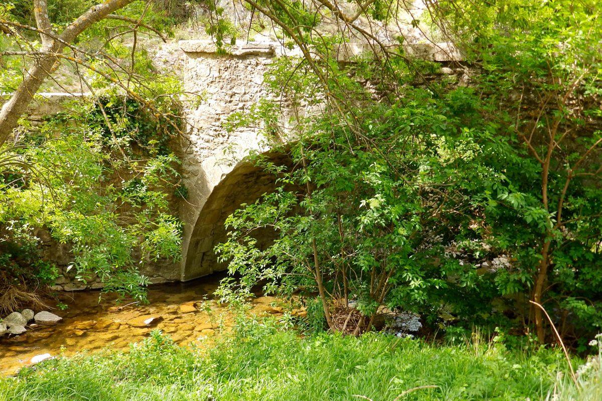 Chambre D Hotes Dans Le Luberon Bonnieux Pres De Pertuis En Provence